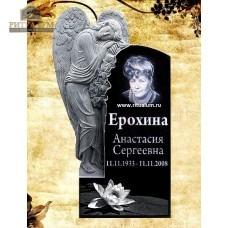 Памятник резной из гранита ЧПУ «Скорбящая с цветами» — ritualum.ru