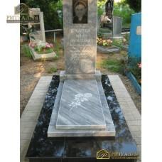 Памятник из мрамора прямой 32 — ritualum.ru